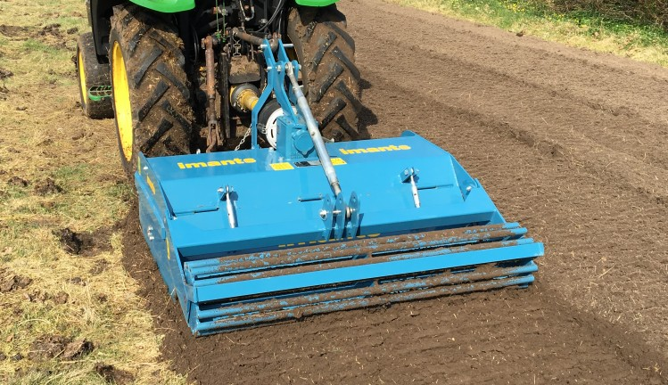 Imants, Imants BV, Rotovator, Greenhouse, working the soil, equipment for greenhouse, Perfect seed bed, central drive, tillage,